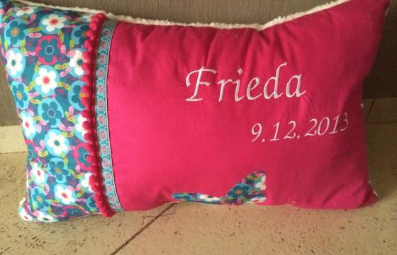 Namenskissen zur Geburt der kleinen Frieda